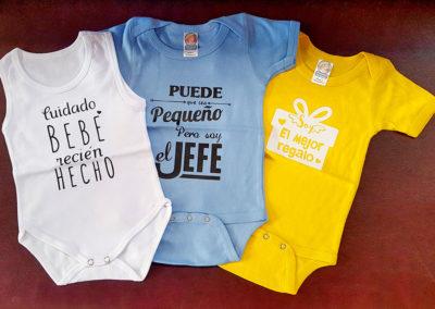 Impresión sobre enterizos para bebé
