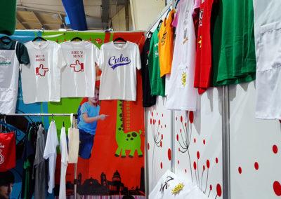 Propuestas de textiles en nuestro stand en Pabexpo durante ferias