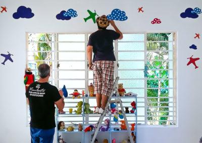 Realización / Montaje: vinilo decorativo para pared