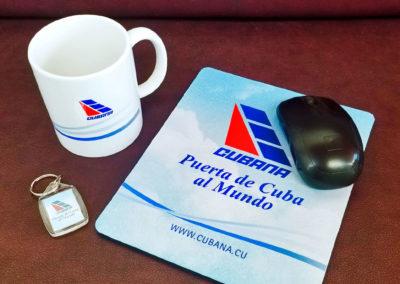 Productos variados personalizados para Cubana de Aviación
